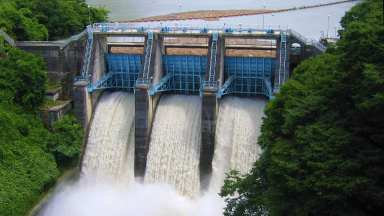Takatō Dam by Qurren