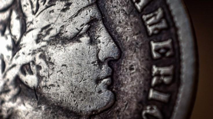 morrow-reverse-lens-macro-coin-7