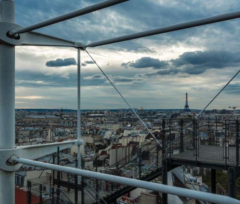 2727-3633_Eiffel_Tower_from_Le_George_Pompidou_Center_by_Kevin_Ames