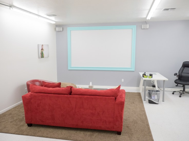 There was even a greenroom with a projection screen for doing in person sales.