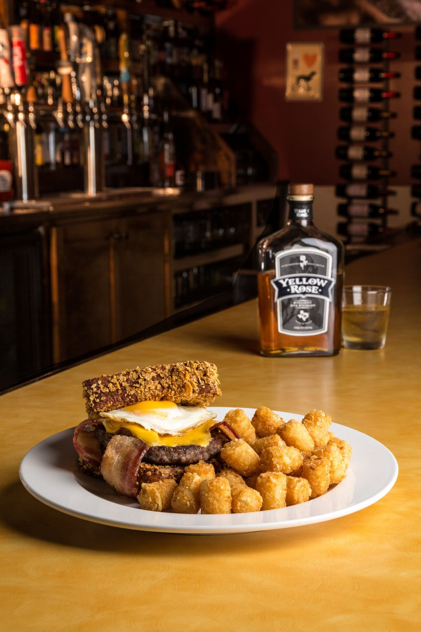 2897-0050-Luckys Breakfast Burger by Kevin Ames