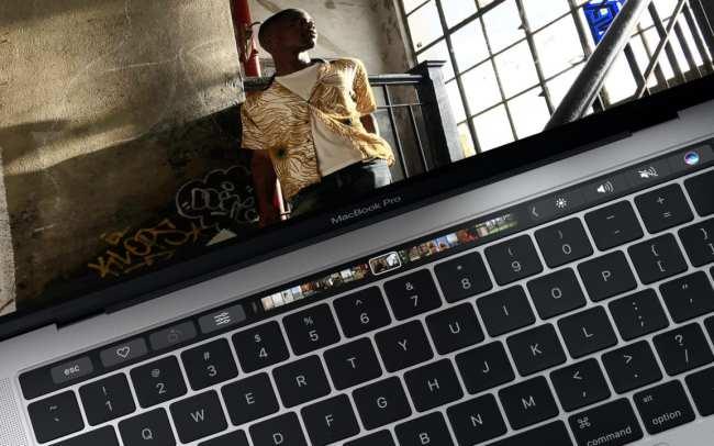 macbook-pro-2016-surface-studio-3