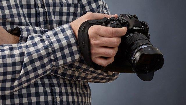 Want Better Photographs? Use Your Lens Hood