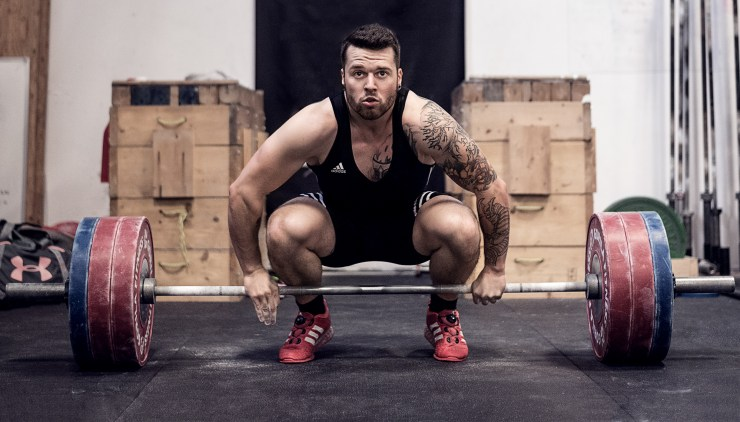 Olympic weightlifter getting ready for a new PR