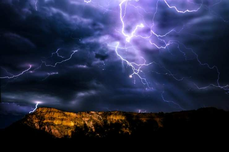 Five tips and techniques for taking lightning photos | Photofocus