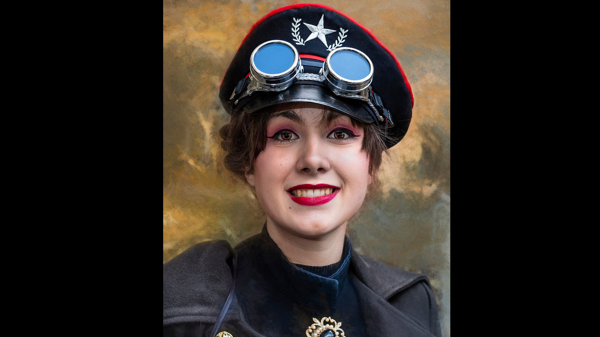 "Ian Lewry's ""Steampunk photo -56"" earns him Photofocus Photographer of the Day kudos"