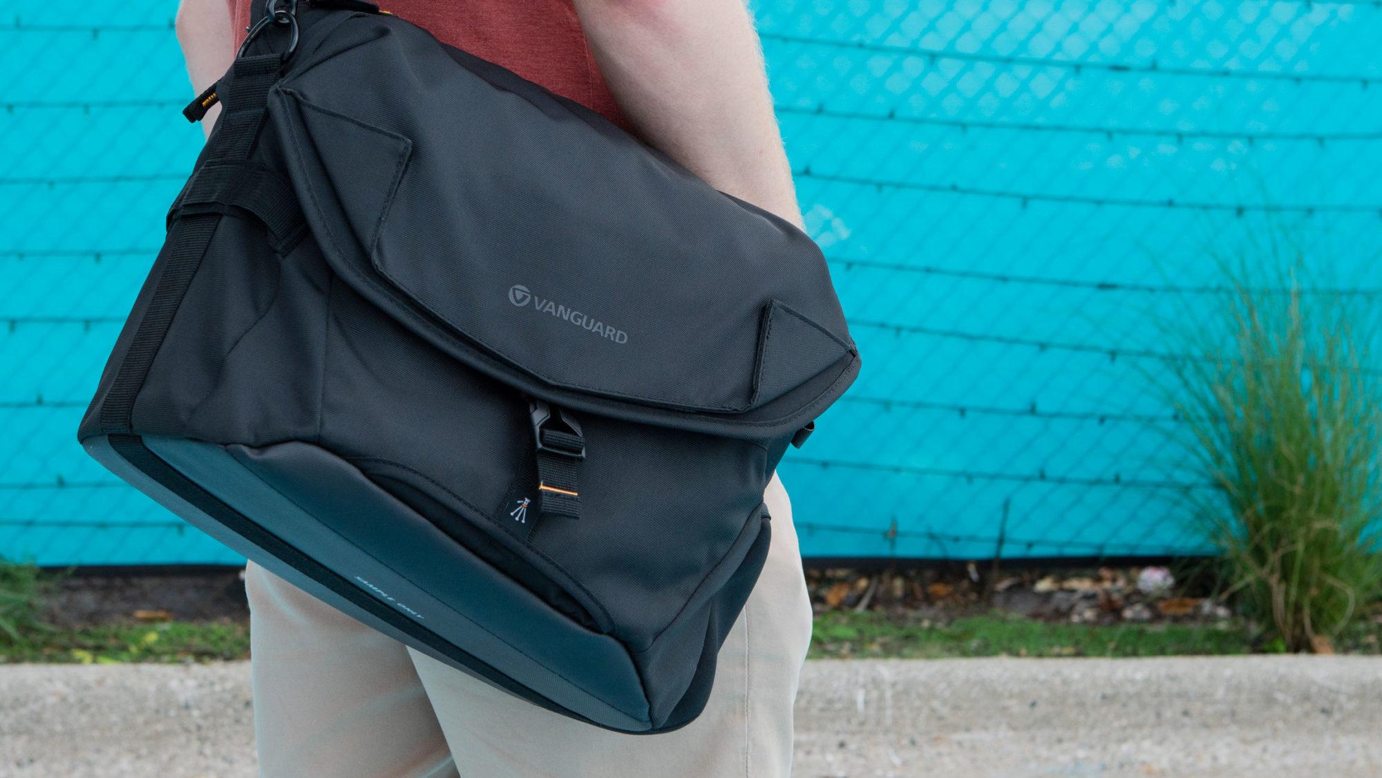 Vanguard Alta Access 28X Wide Access Camera Bag
