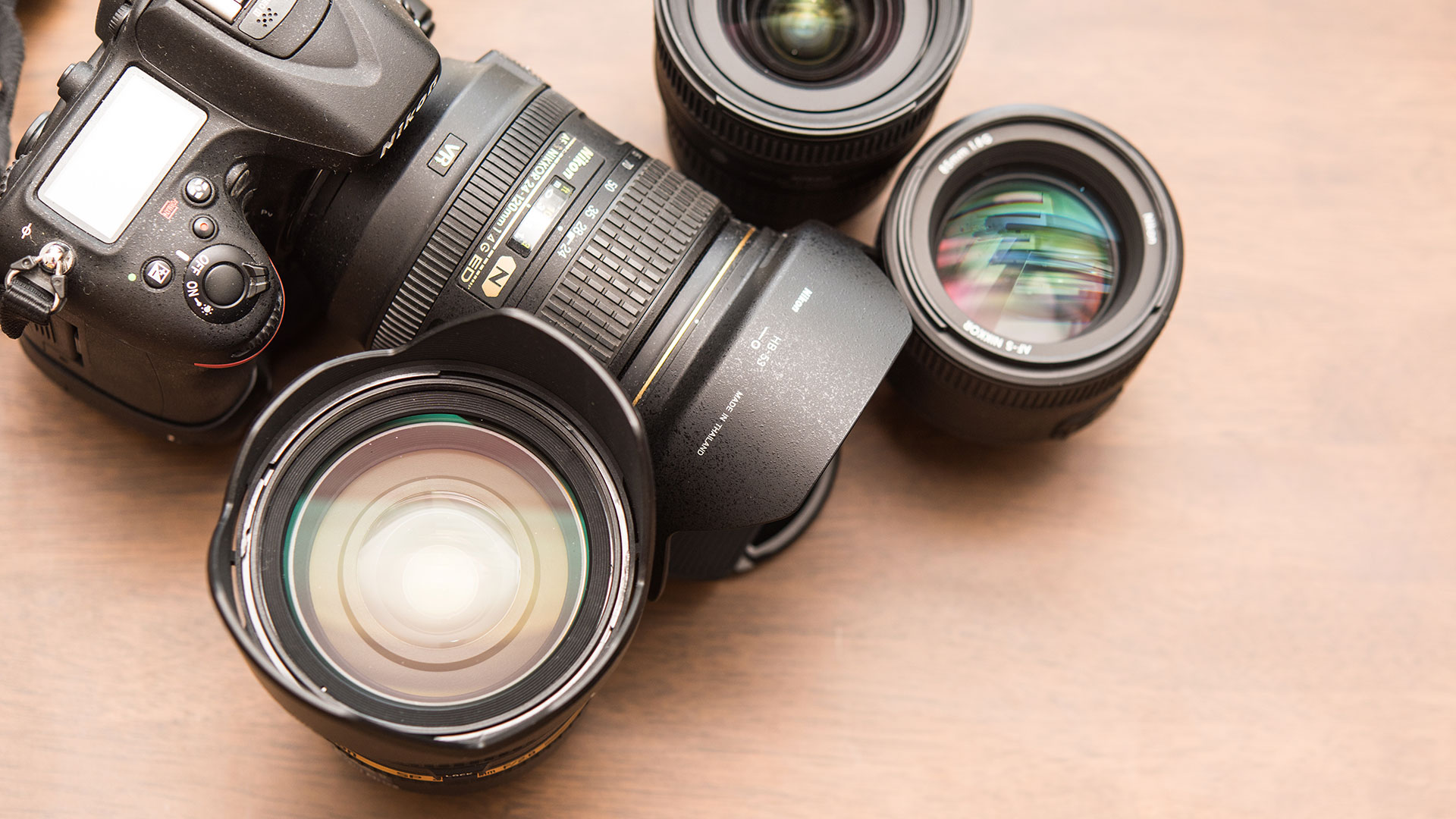 Photography 101: The difference between fixed and variable aperture | Photofocus