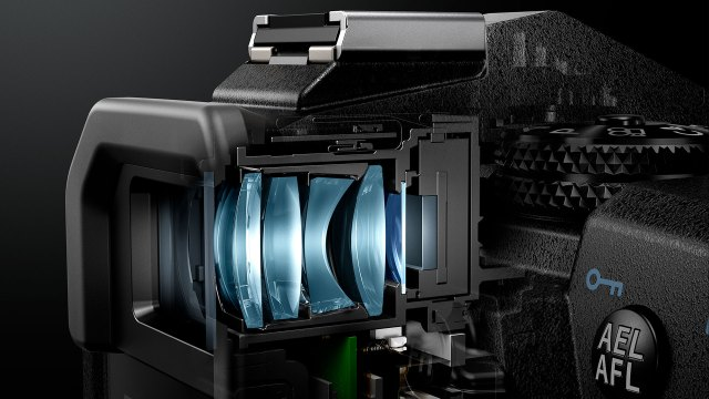 Electronic vs. optical: The viewfinder showdown