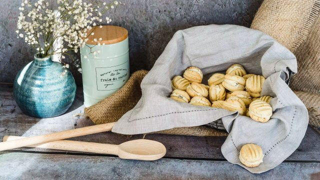 Creating soft and dreamy still life photography