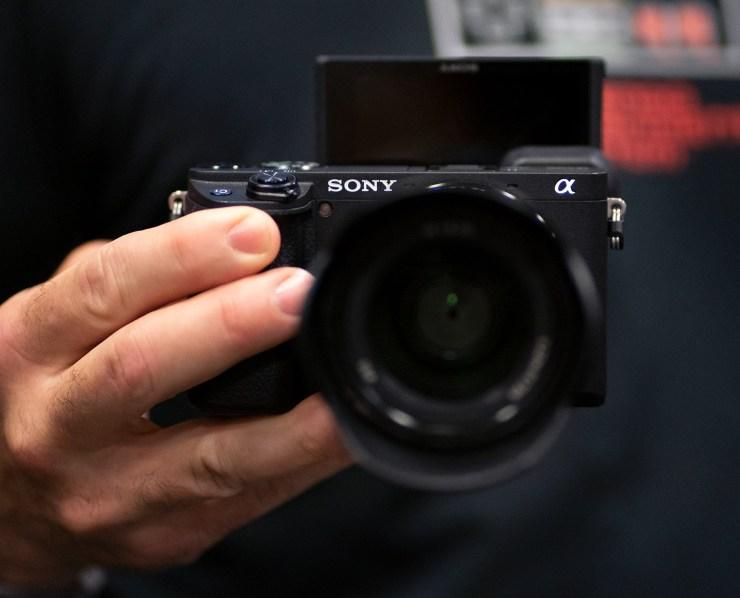 Mirrorless Sony camera a6400