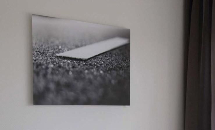 Xpozer's Amazing Photography Richard de Bruin: Jumping off the wall