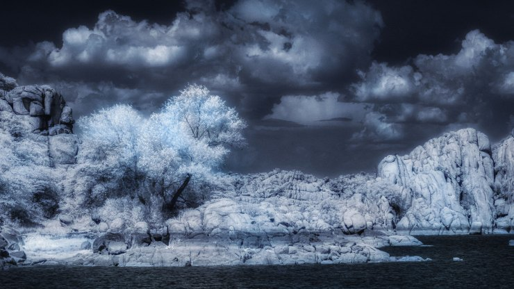 Toning infrared photos