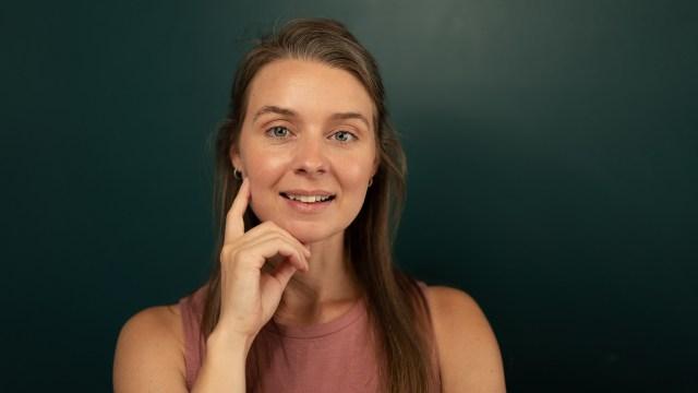 Female portrait photographer
