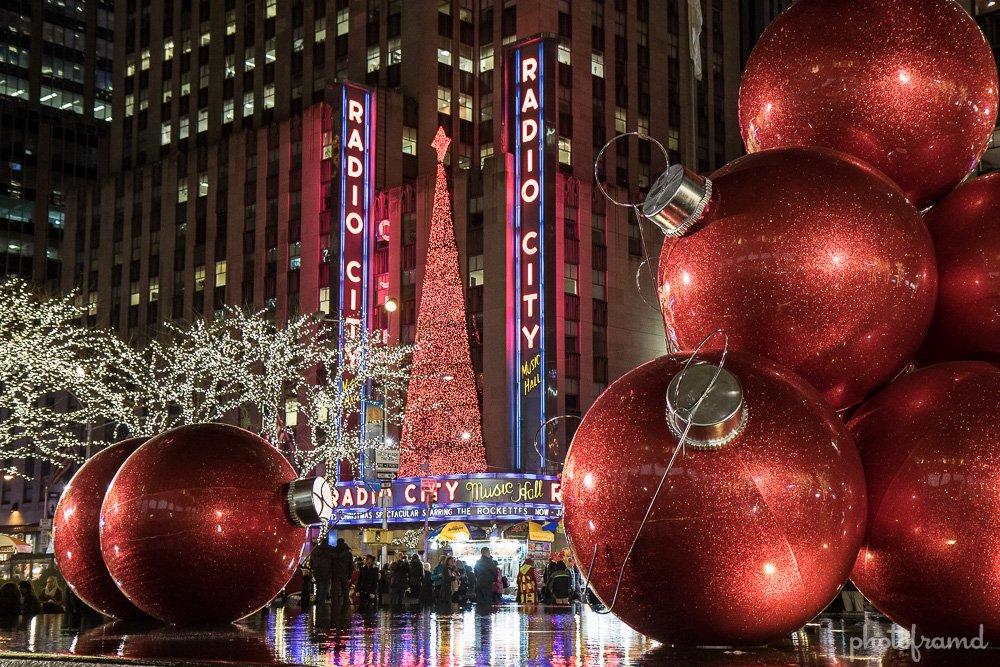 Behind Rockefeller Center 2015 Christmas Decorations