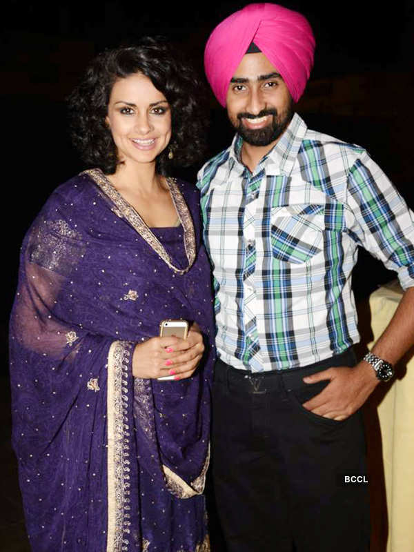 Gul Panag looks refreshing in traditional attire during ...