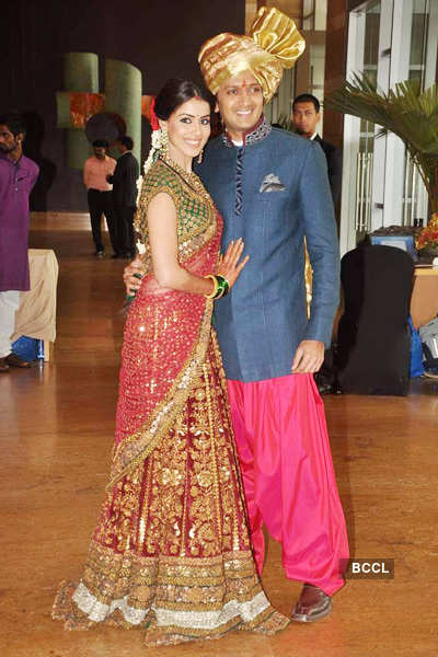Genelia Dsouza And Riteish Deshmukh During The Wedding