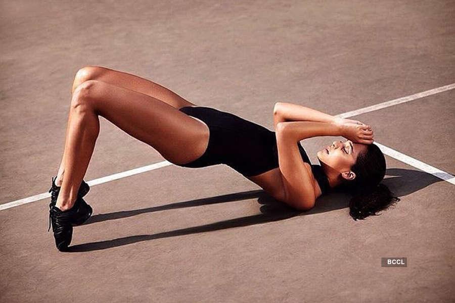 Lisa Haydon sexy photos