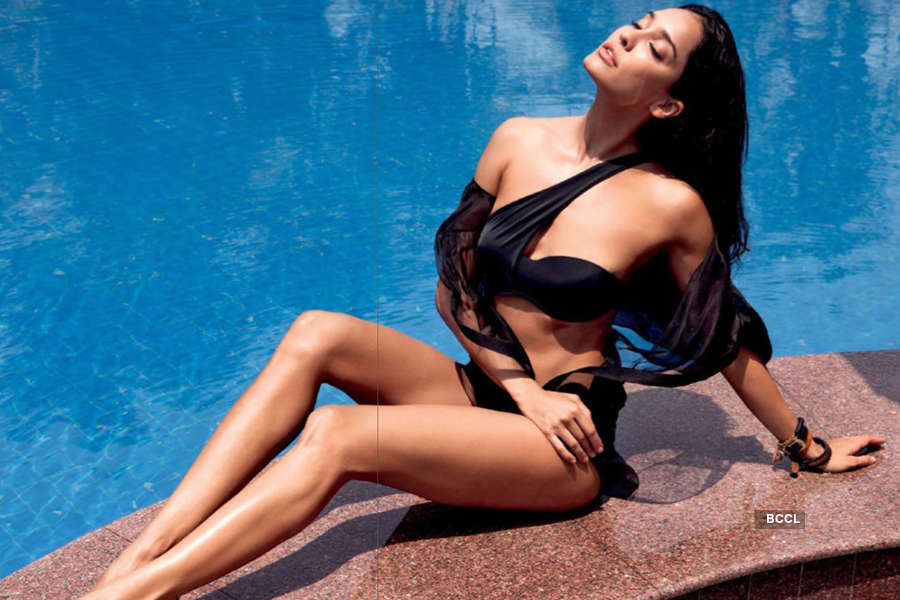 Lisa Haydon hot pictures
