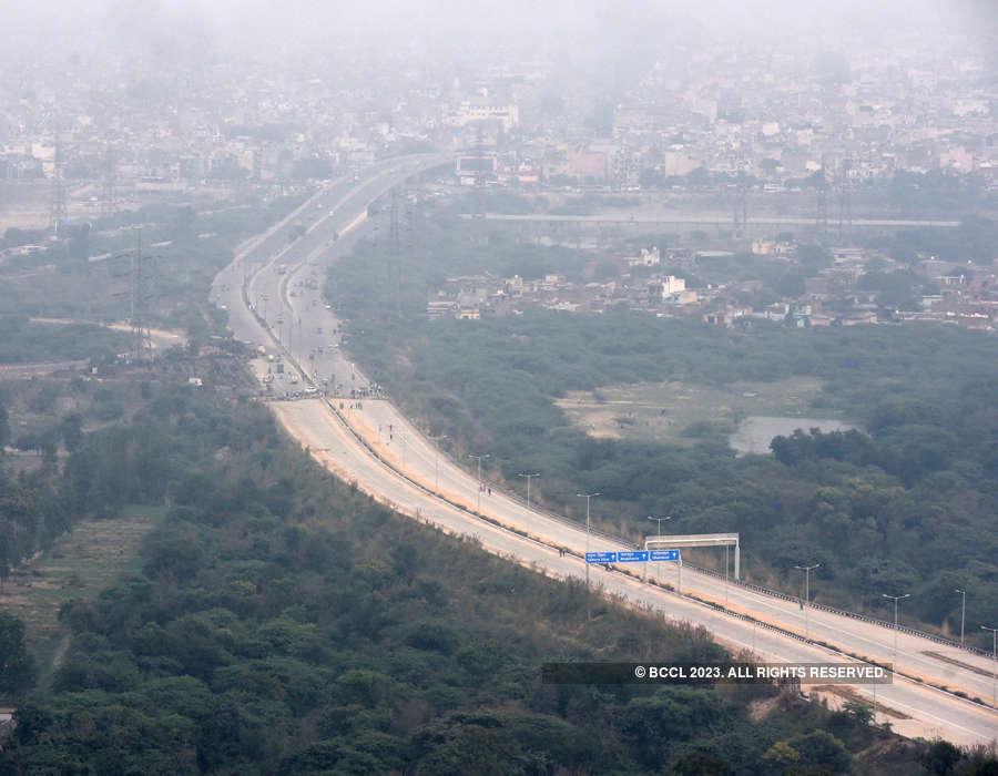 Delhi's iconic Signature Bridge opens for public ...