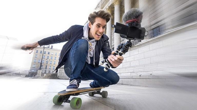 Le Youtubeur Julien Fabro, spécialiste du marketing web podcast photographe pro