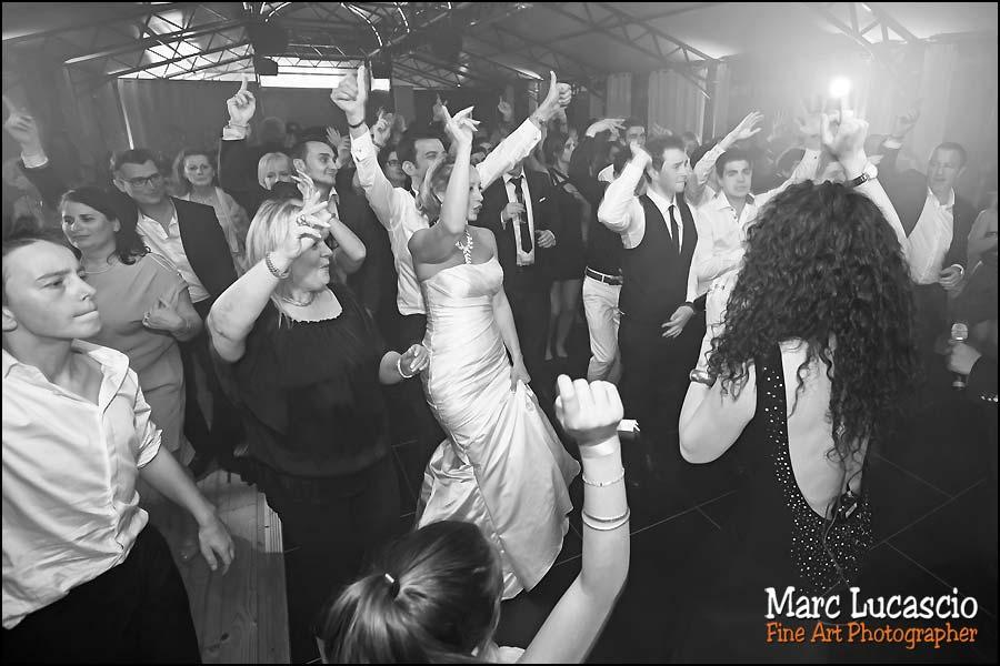 La soirée dansante du mariage juif