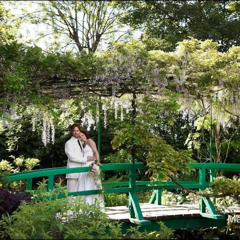 Une photo symbolique des mariées à Giverny