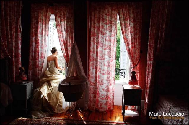 Préparatifs du mariage dans la chambre rose