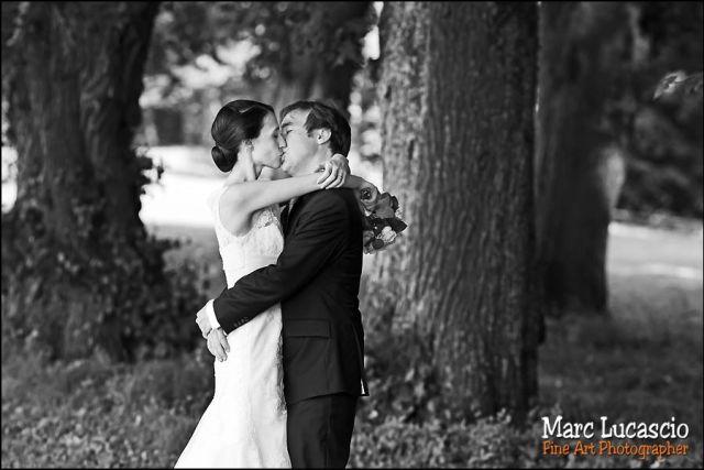 jeunes maries mariage château de Neuville