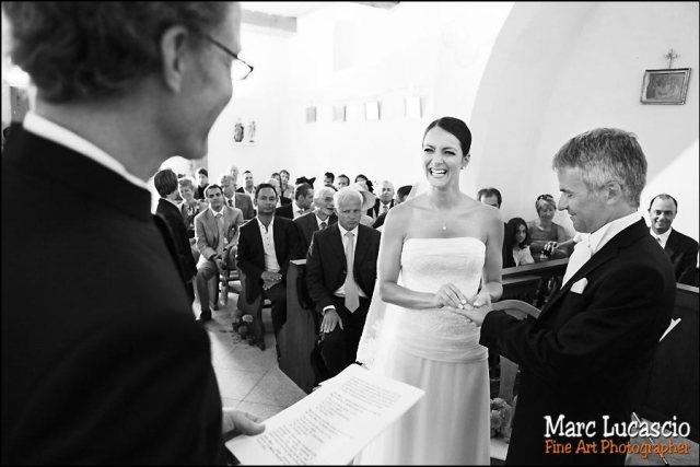 photo mariage célébration chapelle île d'ogoz