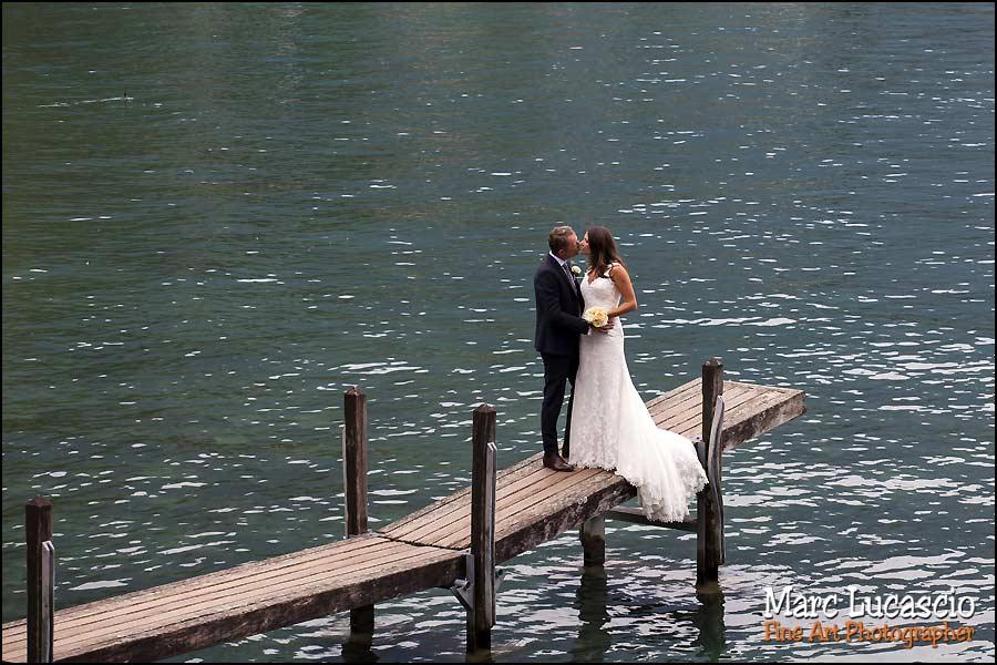 mariage Montreux couple ponton lac Genève