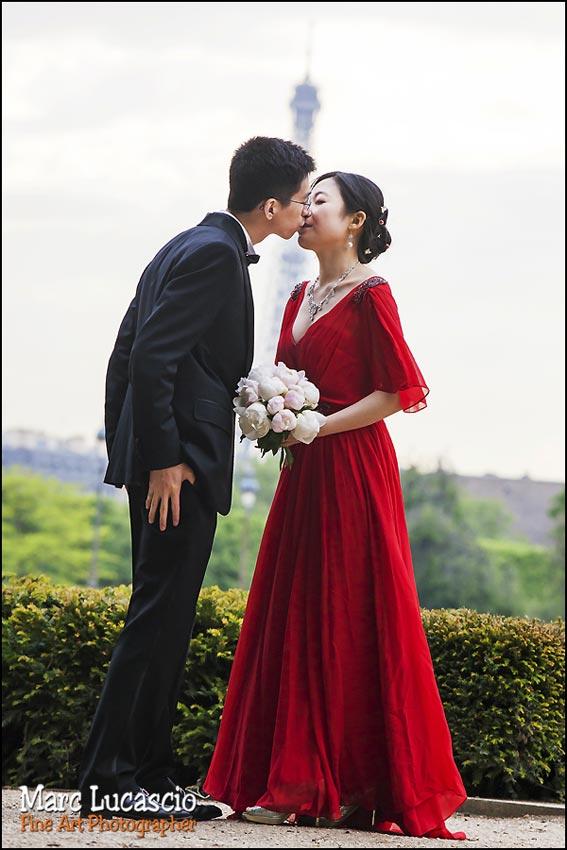 mariage paris pour chinois robe rouge