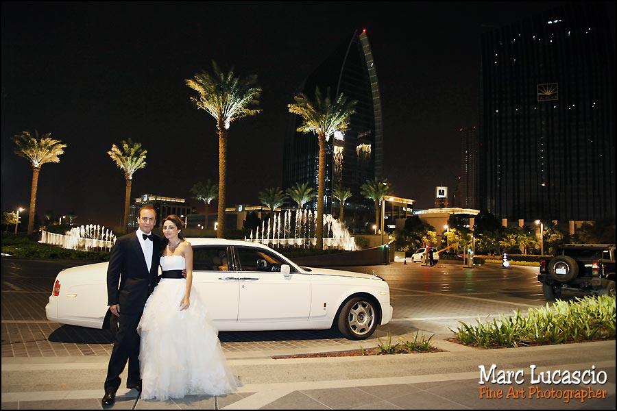 dubai-photo-mariage-voiture-maries-couple