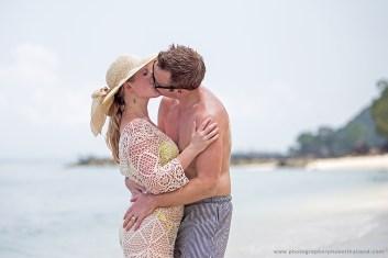 couple,honeymoon photography in phuket thailand