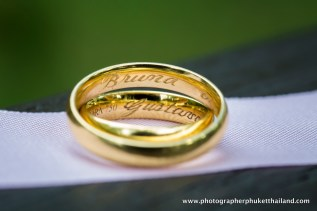 wedding-photo-session-at-phi-phi-island-krabi-thailand-011