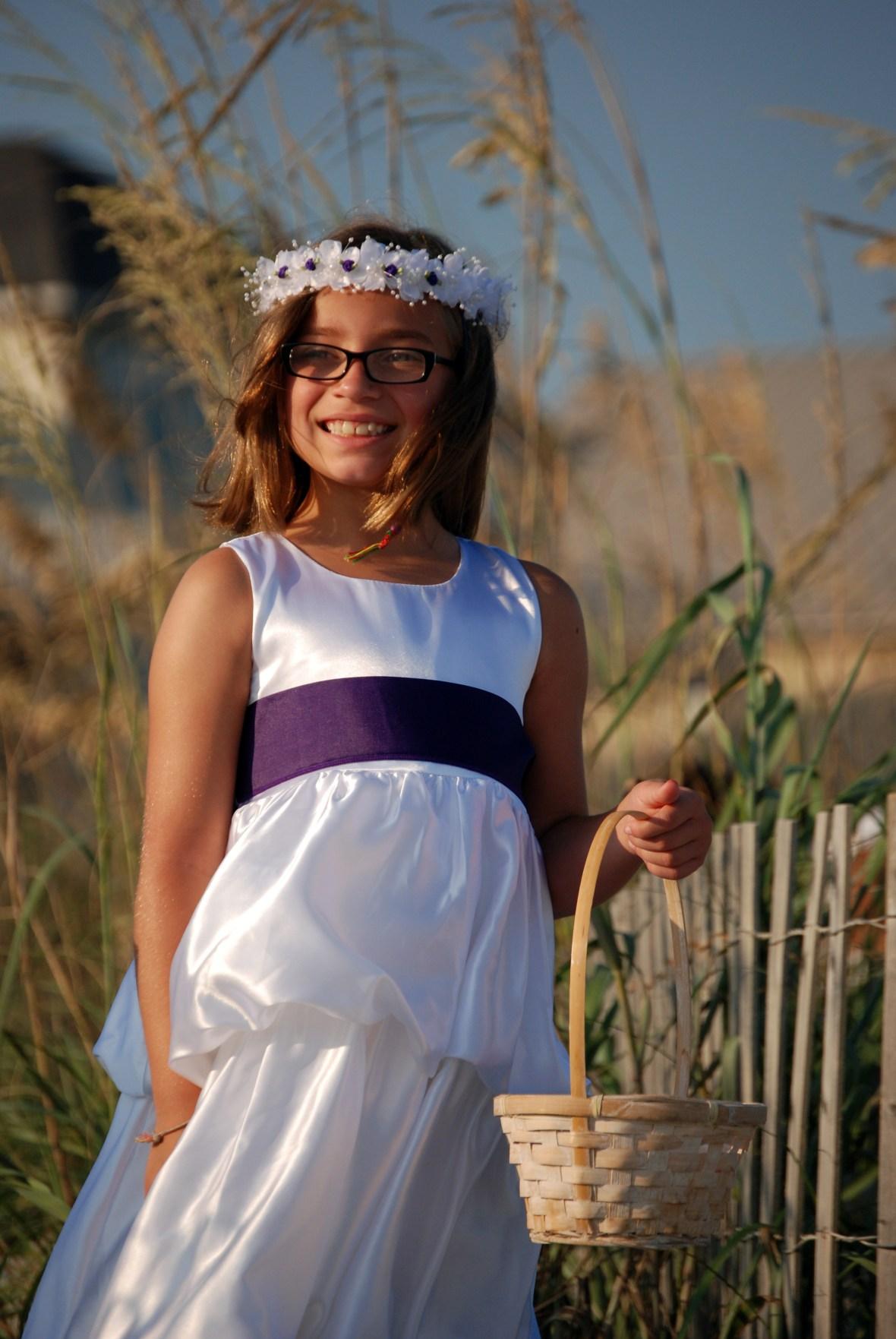 Flower girl at wedding in Myrtle Beach