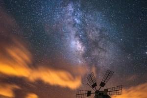 Carlton de Souza Milky Way windmill