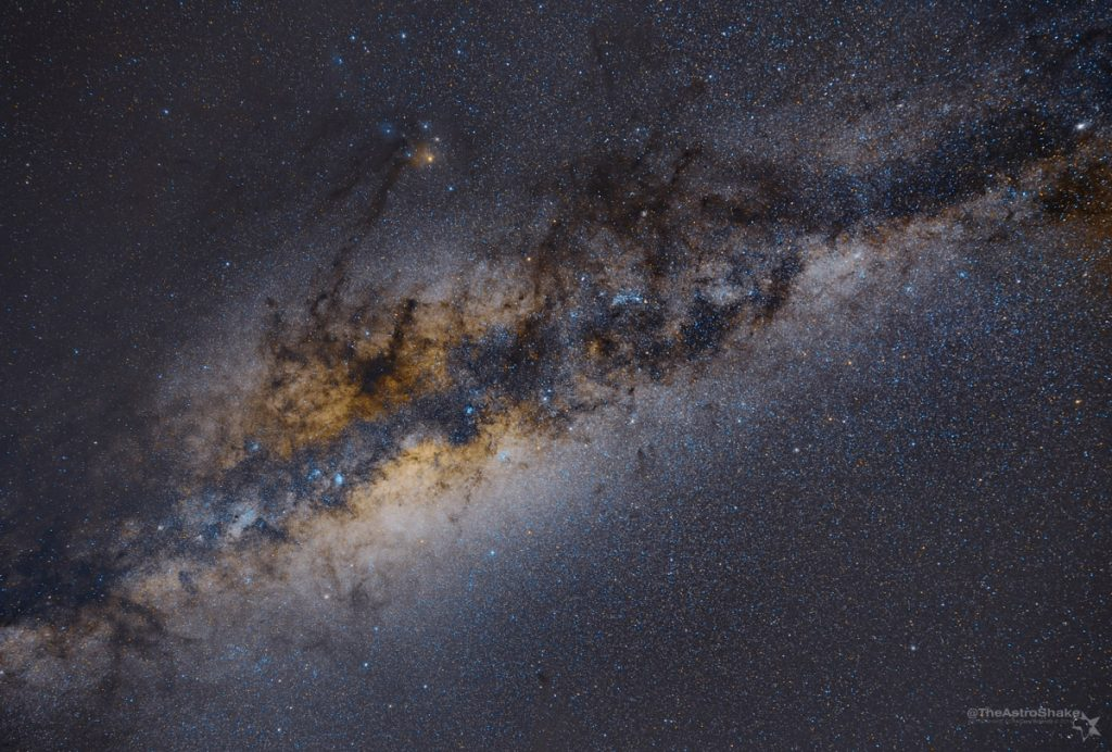 MilkyWay_Sutherland_2014-apr_5x180s_tracked_beta_4_wm_2
