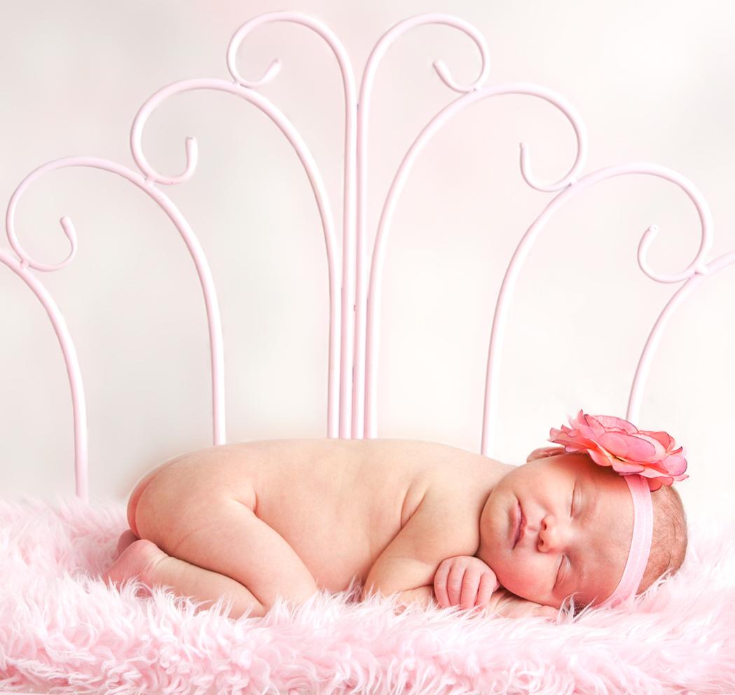 Newborn baby |Photography by Casey | Attleboro MA