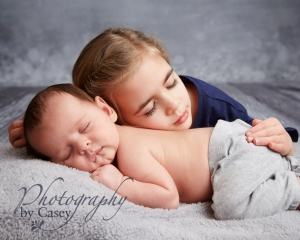 sibling with baby photography