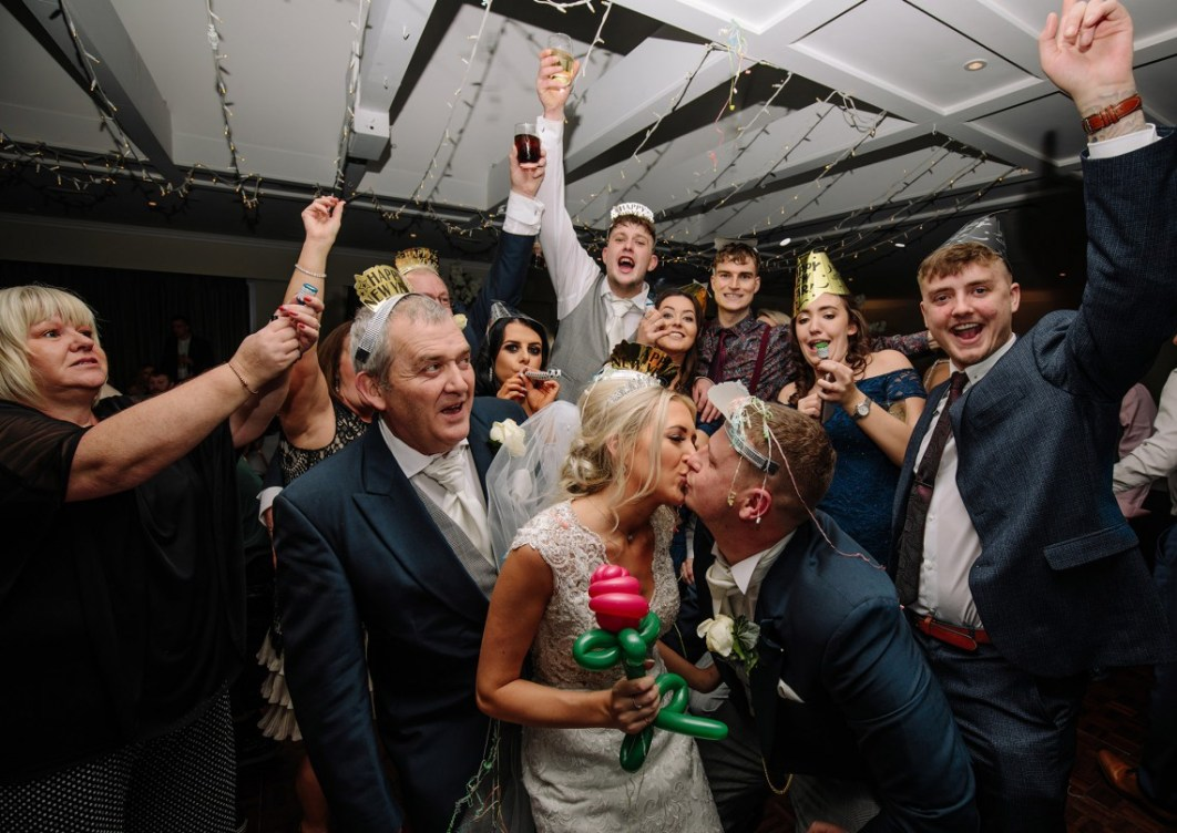 Bride & Groom celebrate New Years' Eve with guests at Wychwood Park