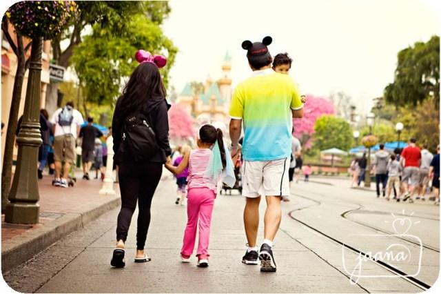 disneyland-family-vacation-photographer-19