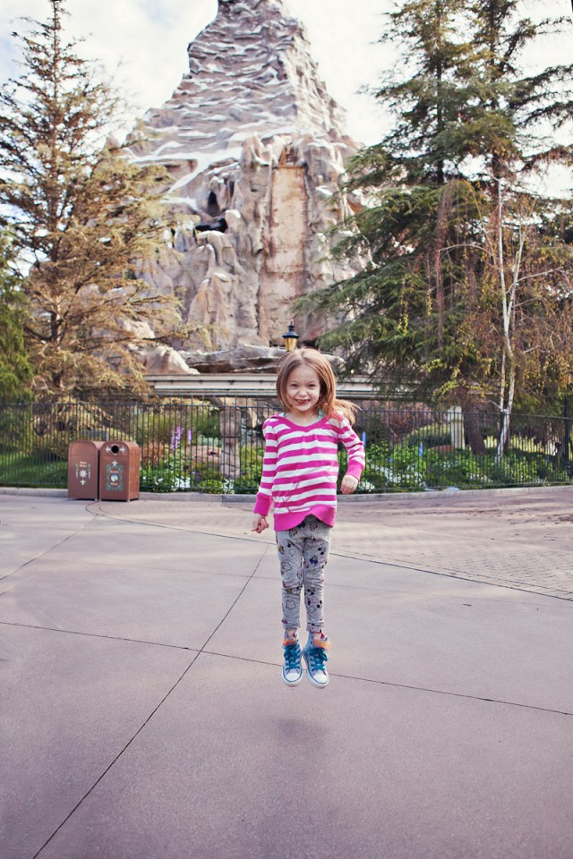 disneyland theme park vacation photography 11
