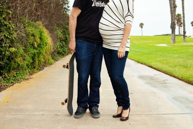 oxnard shores, ventura county, maternity photographer, maternity photo session, beach maternity session
