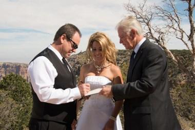 10-14-16-dana-and-darin-wedding-at-lipan-point-7943