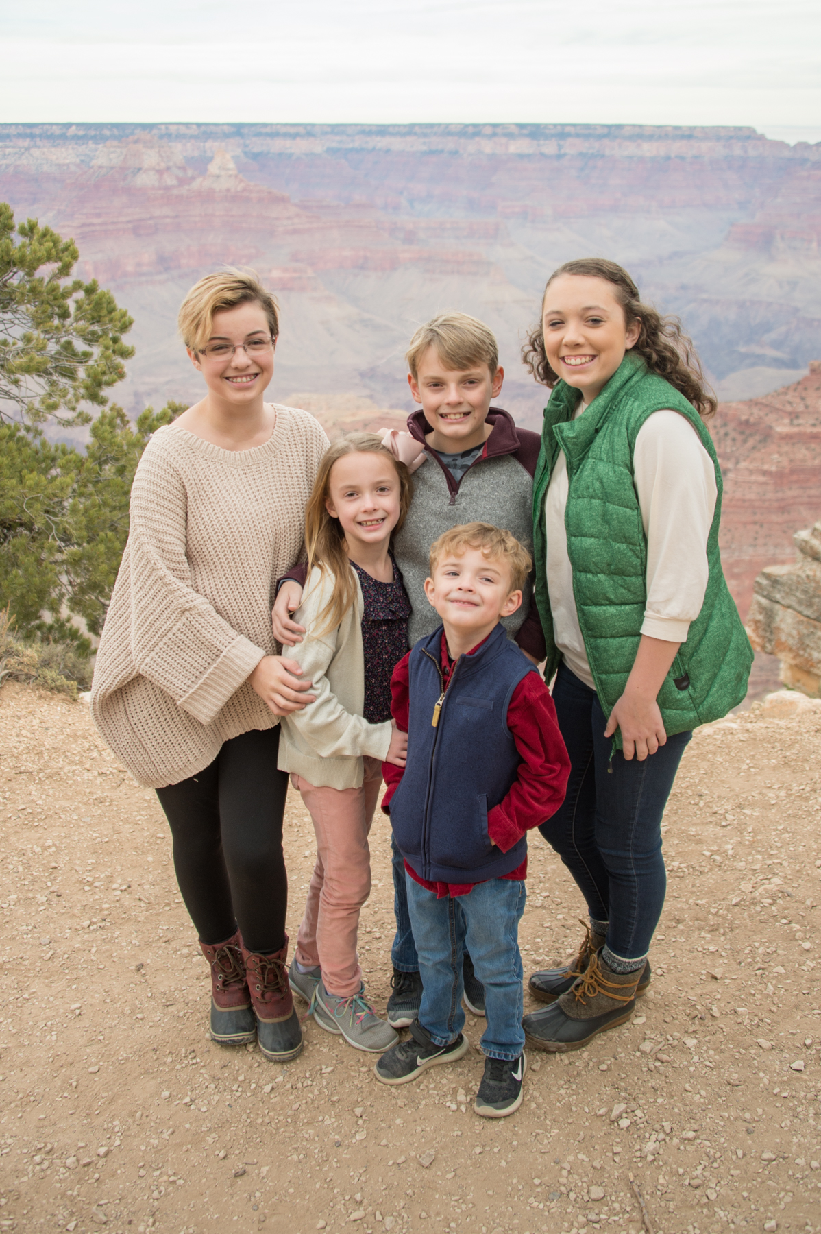 Kid photo at grand canyon