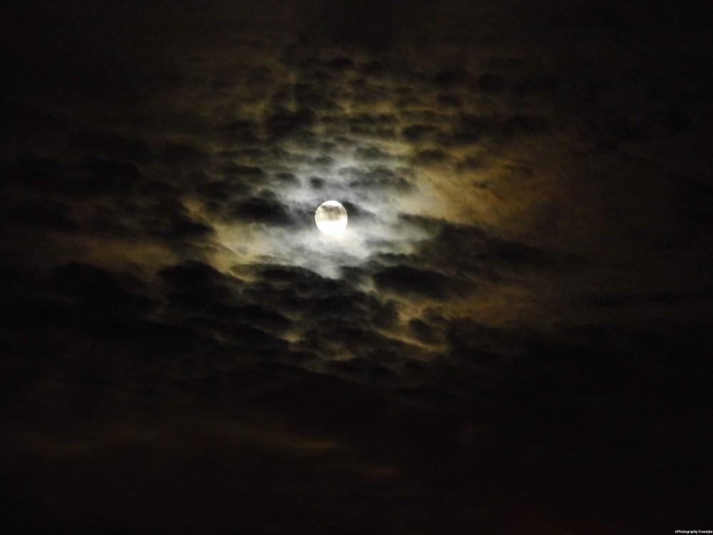 Mysterious Night Sky (2/3)