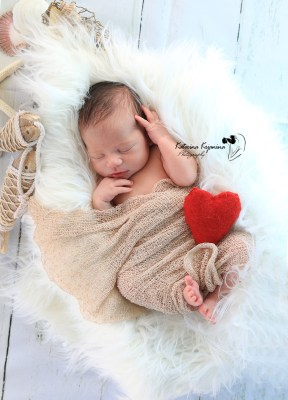 Newborn photography sessions in Palm Coast Florida and Central Florida