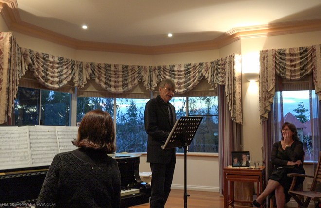 Stephen singing at a soiree organised by members of the WASO chorus. This is a small JPEG from the video.