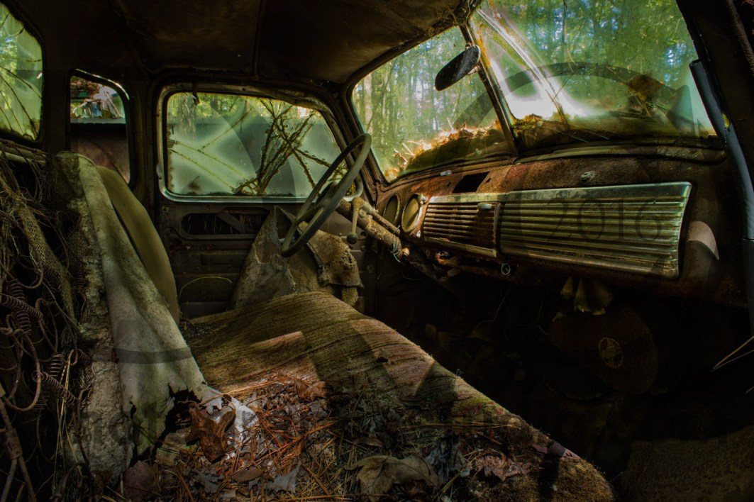 20151017_2214-pickup-interior 1